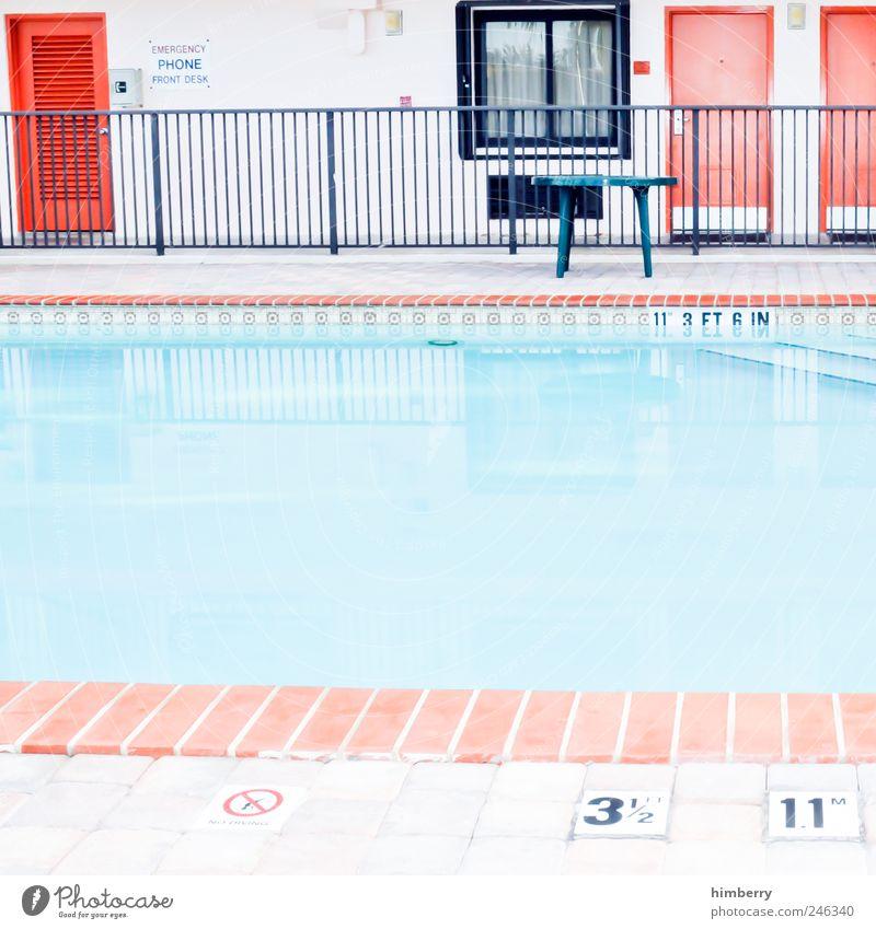 poolside Ferien & Urlaub & Reisen ruhig Haus Farbe Erholung Fenster Wand Architektur Stil Mauer Gebäude Tür Fassade Design Tourismus Schriftzeichen