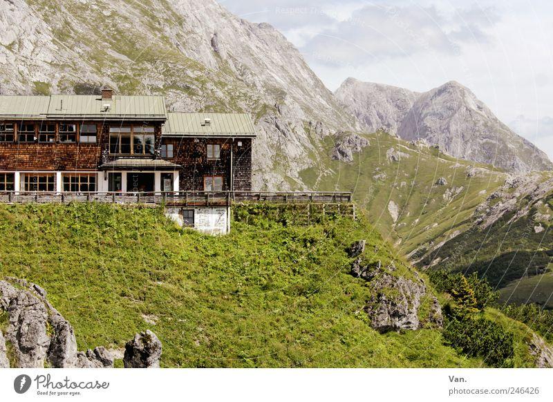 Bergstation Natur grün schön Ferien & Urlaub & Reisen Wolken ruhig Ferne Erholung Freiheit Landschaft Berge u. Gebirge Gras hell Felsen Ausflug wandern