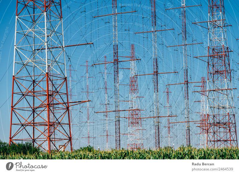 Hochspannungs-Strommast Strommast Turm elektrisch Kraft Spannung Höhe Elektrizität Übertragung Energie Linie Industrie Pylon Technik & Technologie Himmel