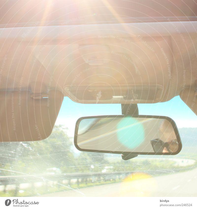 Der Weg ist das Ziel... Mensch Ferien & Urlaub & Reisen Sommer Freiheit Bewegung Wärme PKW hell frei Verkehr frisch Geschwindigkeit außergewöhnlich fahren Spiegel Autobahn