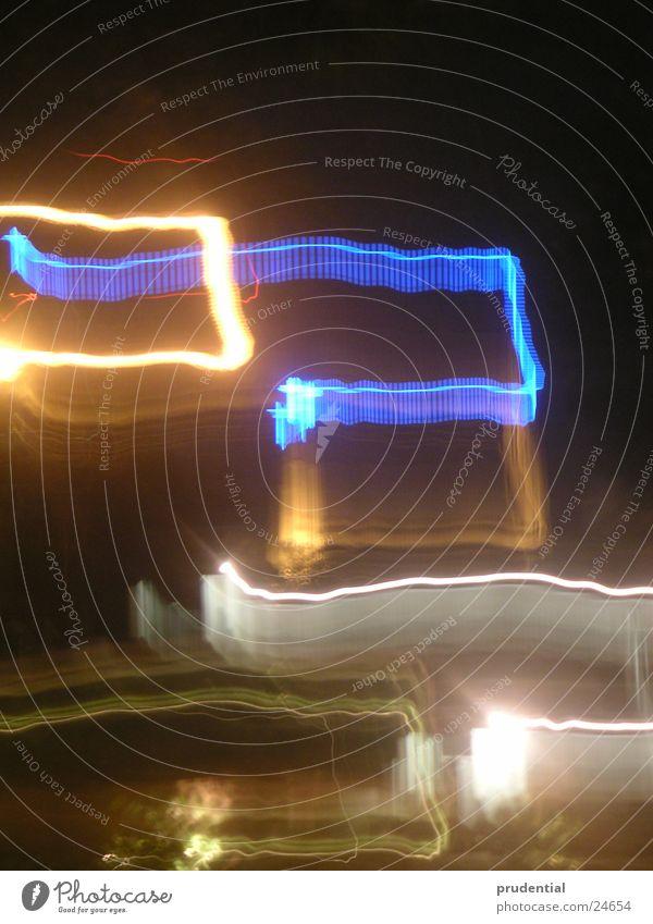 blue cross Nacht Neonlicht Dinge blau Rücken