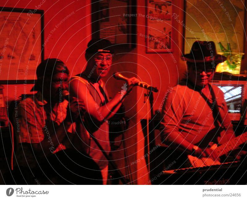 the band Musik Menschengruppe Schnur