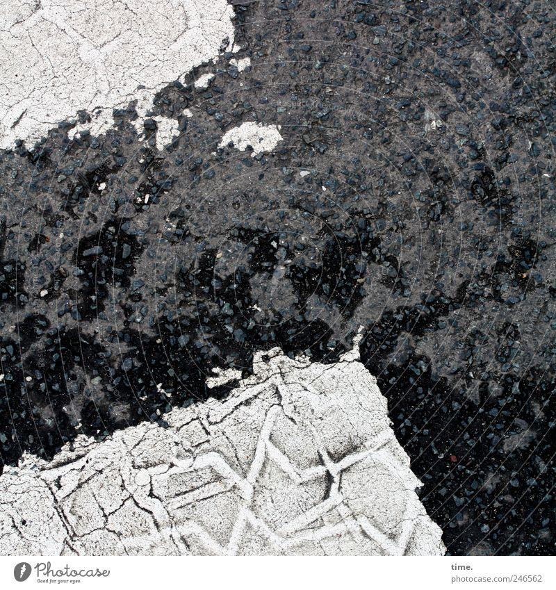 Trostpflaster für almo weiß schwarz Straße Farbe Farbstoff Bodenbelag Asphalt Grafik u. Illustration Verkehrswege diagonal Teer Reifenspuren