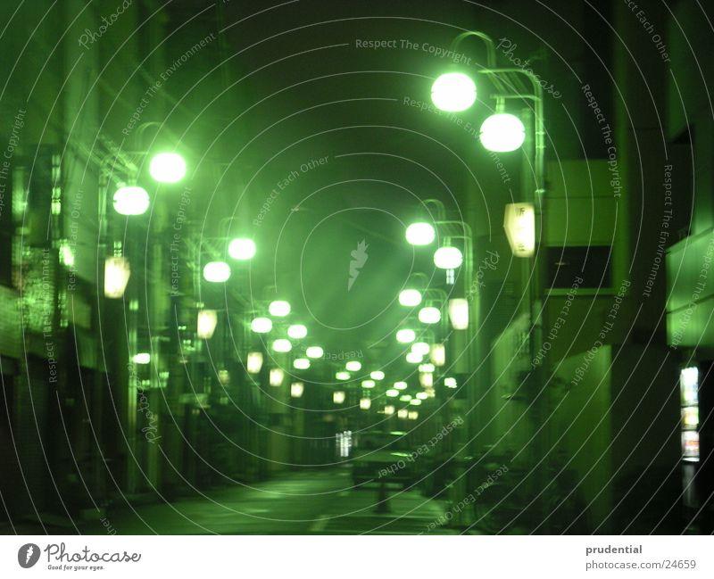 backstreets of  tokyo Tokyo Erfolg night lights dark