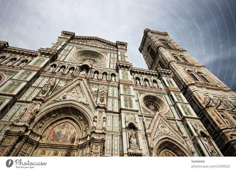 santa maria del fiore Florenz Italien Europa Stadtzentrum Altstadt Dom Bauwerk Sehenswürdigkeit Wahrzeichen Stein Gold Ornament alt gigantisch blau grau weiß