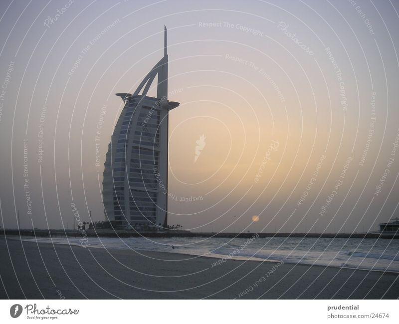 burj al arab Dubai Sonnenuntergang Meer Erfolg tower of arabia turm von arabien Abend