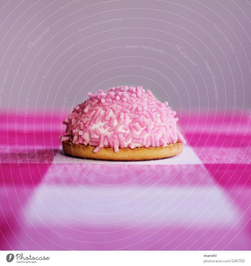 pinke Zuckerbombe rosa Lebensmittel Ernährung süß violett Appetit & Hunger Süßwaren Kuchen Dessert verführerisch Snack Kalorie Speise Geschmackssinn Streusel