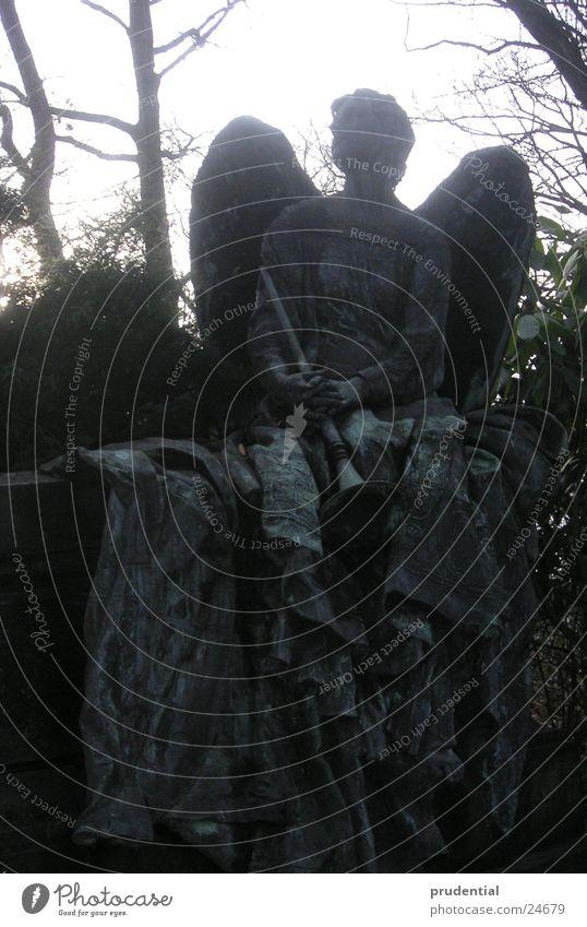 ein engel wacht Friedhof Grab Freizeit & Hobby Engel hell Flügel