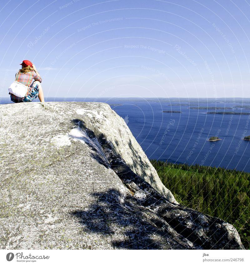 Aussicht vom Koli Mensch Natur Jugendliche Wasser Ferien & Urlaub & Reisen ruhig Erwachsene Wald Ferne Erholung See Denken Zeit Felsen wandern Ausflug