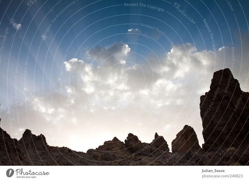 Strahlender Himmel Natur Sommer Wolken Berge u. Gebirge Landschaft Sand Beleuchtung Felsen eckig Teneriffa Teide Gesteinsformationen