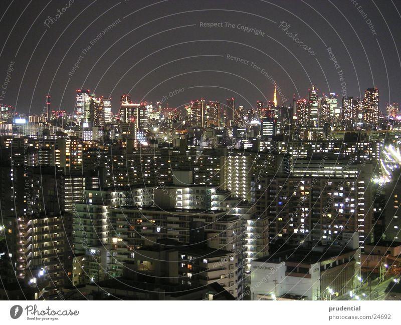 tokyo at night Erfolg Japan Tokyo