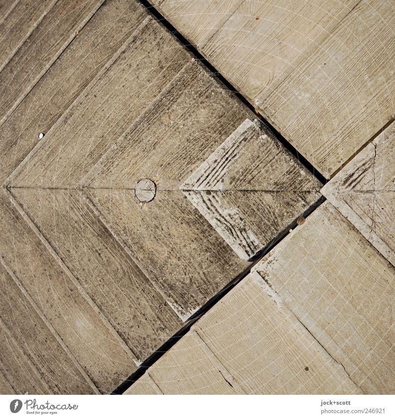Teilstück einer Betontreppe (Fliegenfisch) Treppe Kreuz Linie Netzwerk dreckig einfach grau Symmetrie Fuge Maserung Abdruck Abstufung Betonboden Detailaufnahme