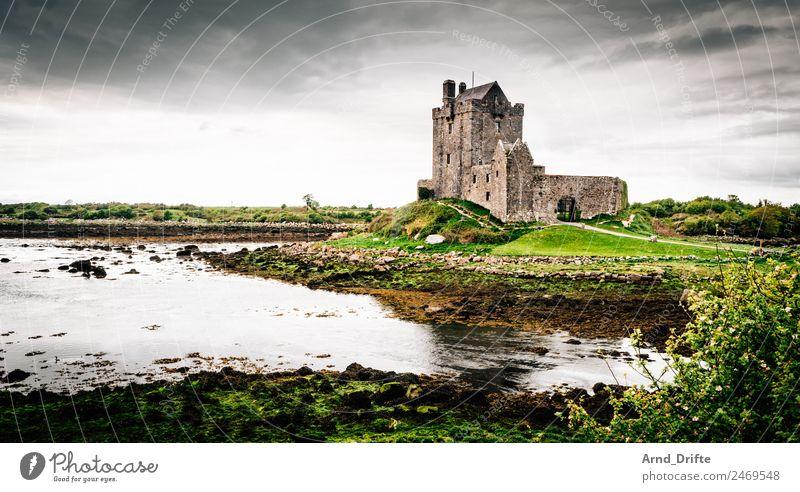 Irland - Dunguaire Castle Ferien & Urlaub & Reisen Tourismus Ausflug Abenteuer Ferne Sightseeing Sommer Sommerurlaub Landschaft Himmel Wolken Frühling Park