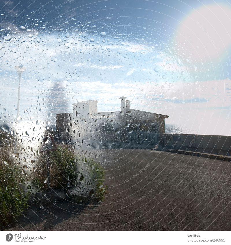 trüber Blick Himmel Wasser blau weiß Sommer Ferien & Urlaub & Reisen Haus Ferne Straße Wand Umwelt grau Mauer nass Wassertropfen frisch