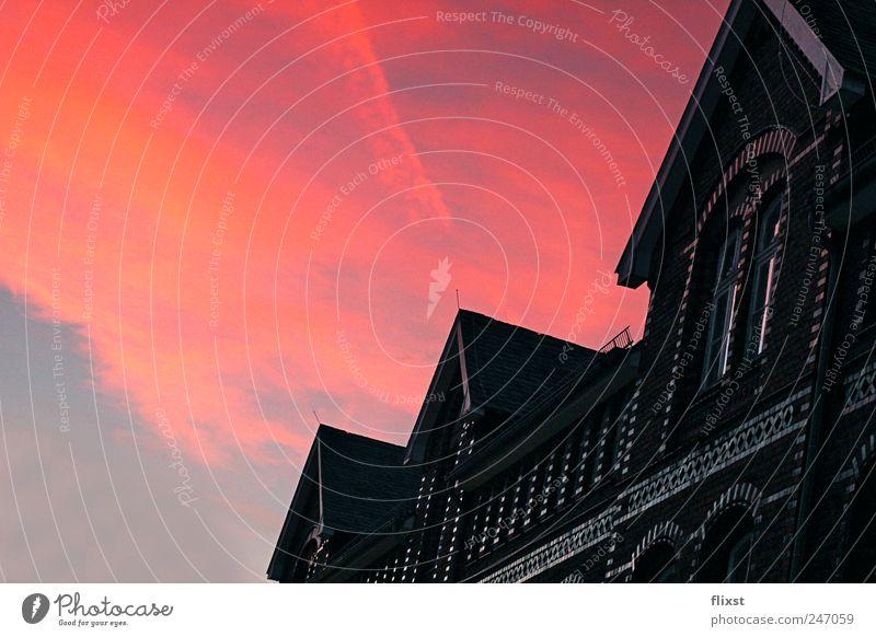 Demon's night Himmel Sommer Wolken Gebäude Angst gefährlich Fabrik Schönes Wetter Zukunftsangst