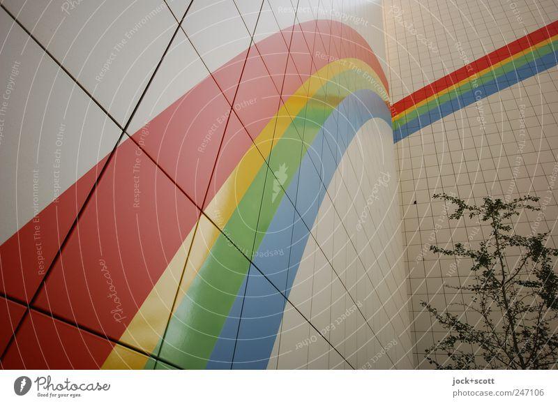 Start Eines Regenbogens Architektur Plattenbau Fassade Brandmauer Zeichen Streifen eckig groß modern Stimmung Optimismus Beginn Freiheit Ordnung Verlauf Teilung