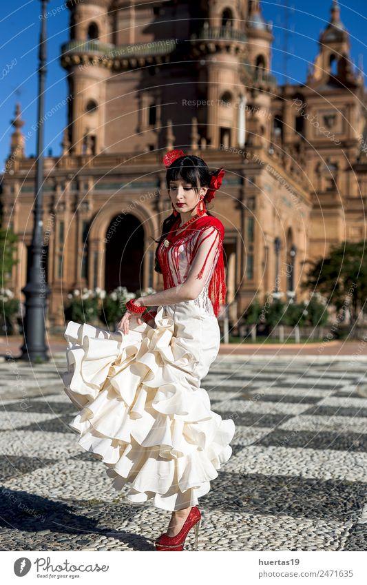 Junge Eleganz Flamenco-Tänzerin elegant Glück schön Tanzen feminin Frau Erwachsene Kultur Blume Mode Kleid Leidenschaft Flamencotänzer Spanien Spanisch Sevilla