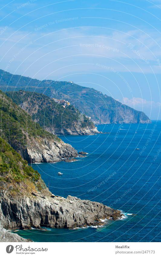 Italia Himmel Wasser blau Meer Sommer Ferien & Urlaub & Reisen Landschaft Küste Wellen Felsen wandern Schwimmen & Baden Tourismus Sträucher Hügel tauchen