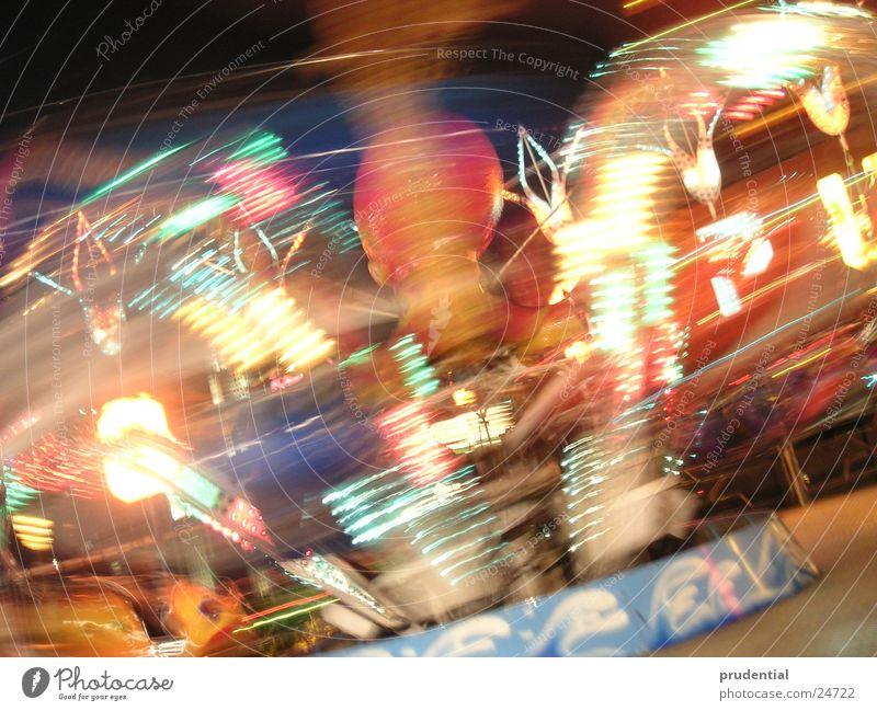 rummelplatz 4 Jahrmarkt Karussell Langzeitbelichtung dunkel Dienstleistungsgewerbe carousel merry-goround roundabout octupus Licht Abend