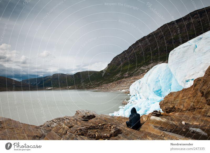 Erdkontakt Lifestyle harmonisch Wohlgefühl Erholung ruhig Meditation Abenteuer Sommer Berge u. Gebirge wandern Mensch Mann Erwachsene Natur Landschaft Klima
