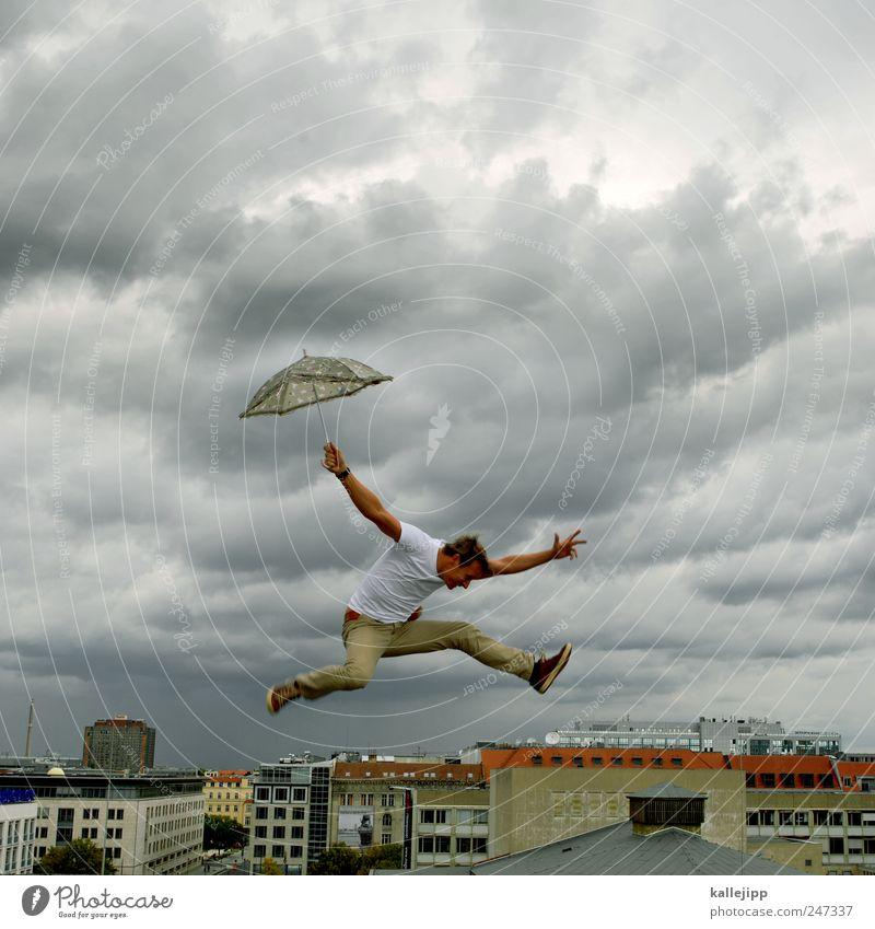 her comes the rain again Mensch Himmel Mann Stadt Wolken Haus Leben springen Regen Erwachsene Wetter Wind Fliege fliegen Hochhaus stoppen