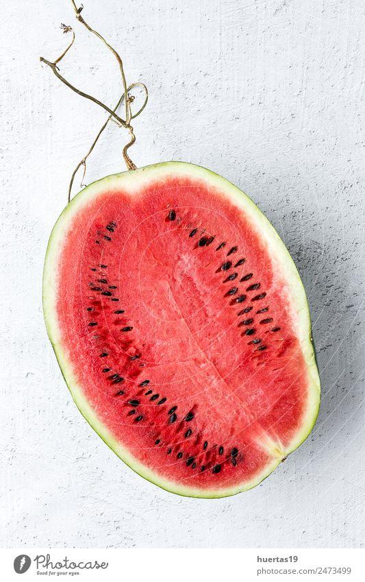 Kreatives Layout aus Süßwassermelone Lebensmittel Gemüse Frucht Dessert Ernährung Frühstück Vegetarische Ernährung Diät Saft lecker natürlich sauer rot