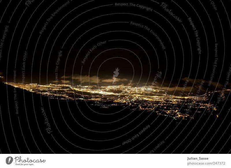 Nightlife Stadt Wolken Haus Straße dunkel Beleuchtung Stadtzentrum Nachthimmel Sehenswürdigkeit Stadtrand Teneriffa Hafenstadt Puerto de la Cruz