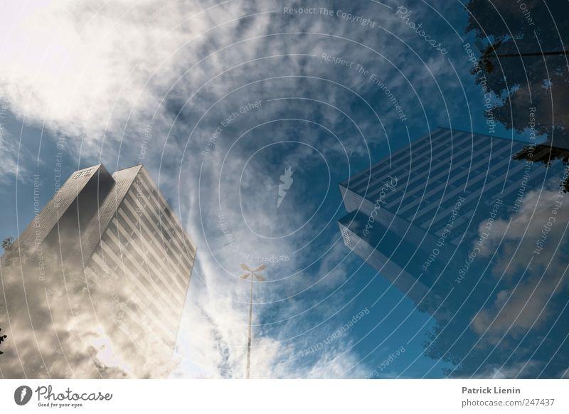Monsters of Rock schön Zufriedenheit Haus Umwelt Natur Urelemente Himmel Wolken Wetter Stadt Hochhaus Bauwerk Gebäude Architektur ästhetisch hoch Einsamkeit