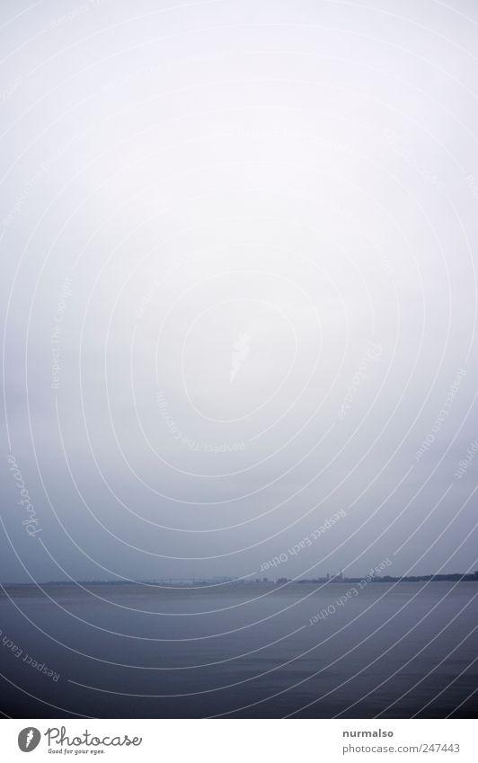 düster Strelasund Natur Ferien & Urlaub & Reisen Meer Ferne Erholung dunkel Umwelt Landschaft Stimmung Regen Wellen Freizeit & Hobby Nebel Schwimmen & Baden
