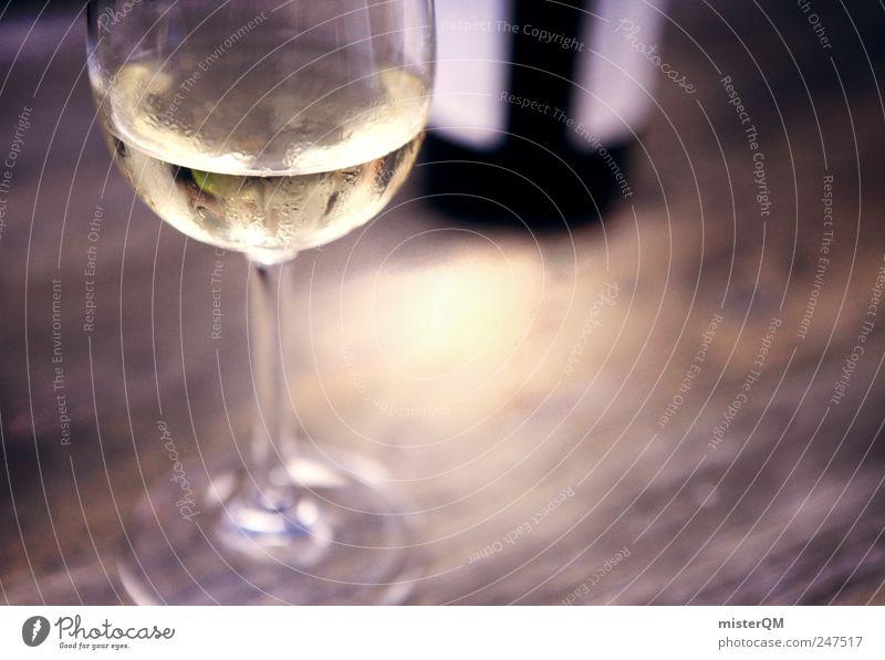 Feiner Tropfen I Erholung Lebensmittel ästhetisch Tisch Getränk Wein Gastronomie Reichtum edel Versuch Erfrischung Weinflasche Qualität Weißweinflasche Geschmackssinn Weinglas