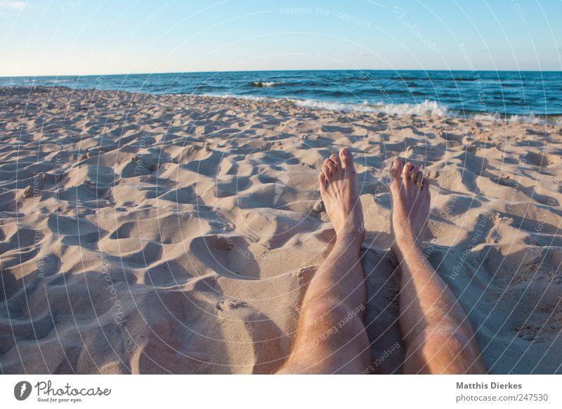 Strand Meer Ferien & Urlaub & Reisen ruhig Erwachsene Ferne Erholung Leben Freiheit Beine Freizeit & Hobby Schwimmen & Baden maskulin Tourismus Lifestyle