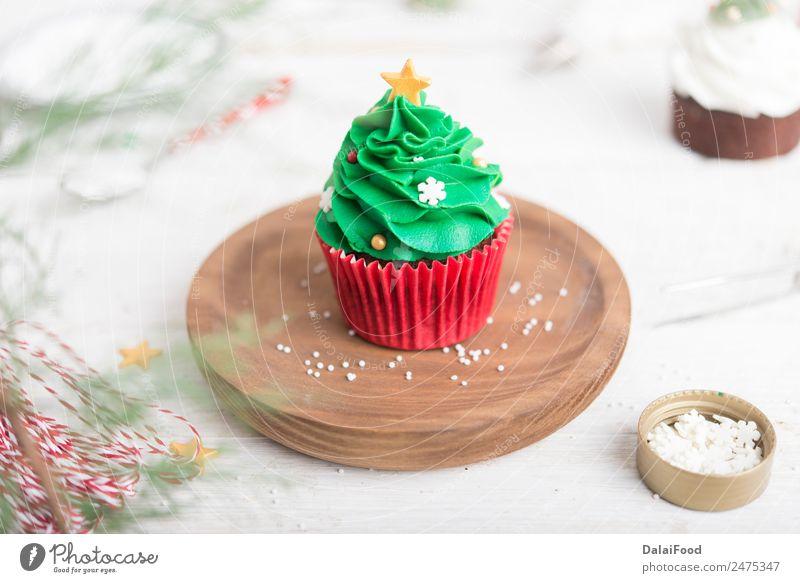 Muffin Weihnachtsbaum Dessert Winter Dekoration & Verzierung Feste & Feiern Weihnachten & Advent Baum hell grün weiß Farbe backen Kuchen Sahne Cupcake festlich