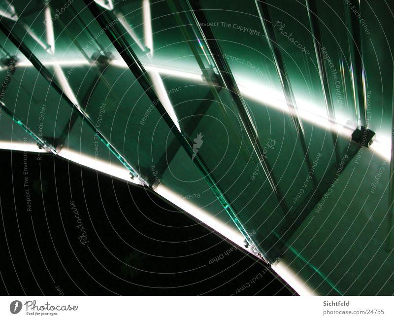 Glaslicht Licht Schrank Langzeitbelichtung Reflektionen Austellung durchsichtig