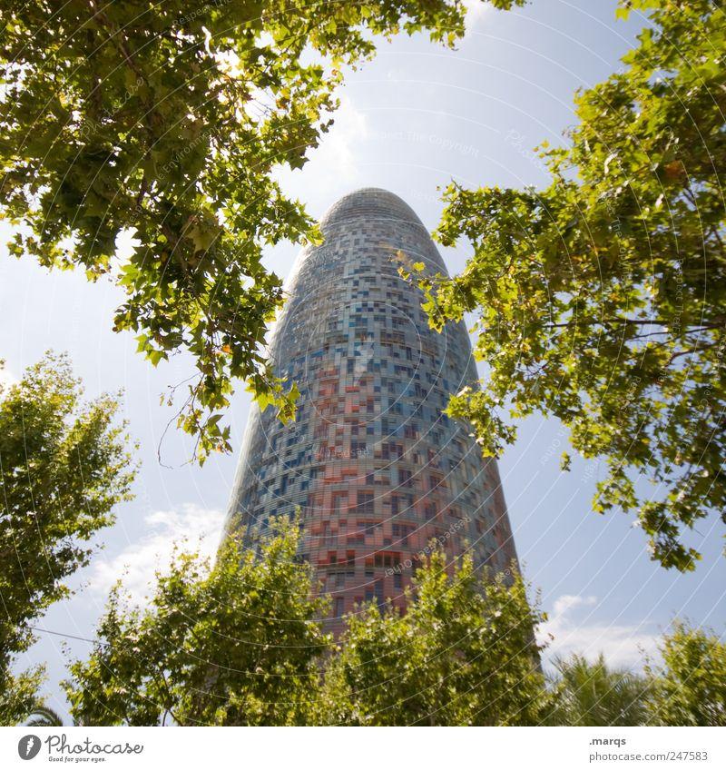 Phallus Ferien & Urlaub & Reisen Tourismus Sightseeing Städtereise Sommerurlaub Baum Sträucher Barcelona Spanien Bauwerk Gebäude Architektur Turm