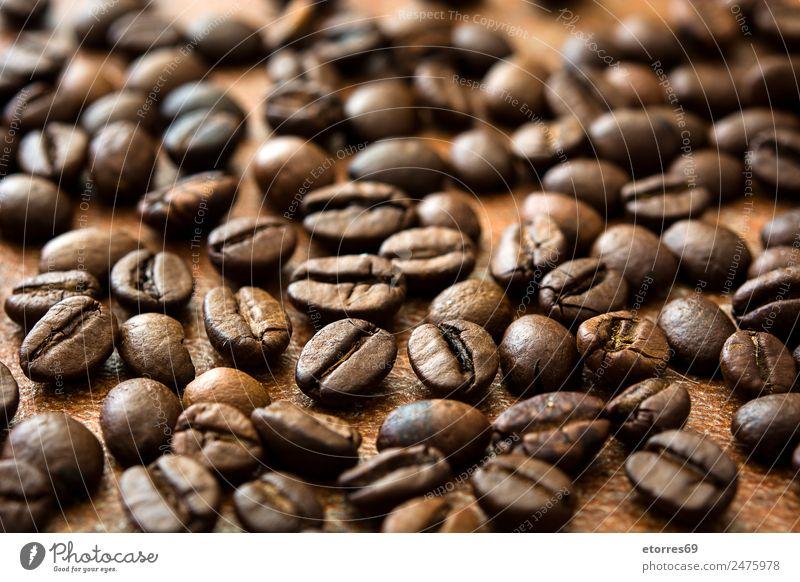 Hintergrund der gerösteten Kaffeebohnen Lebensmittel Getreide Bioprodukte Vegetarische Ernährung Diät Getränk Heißgetränk Latte Macchiato Espresso natürlich