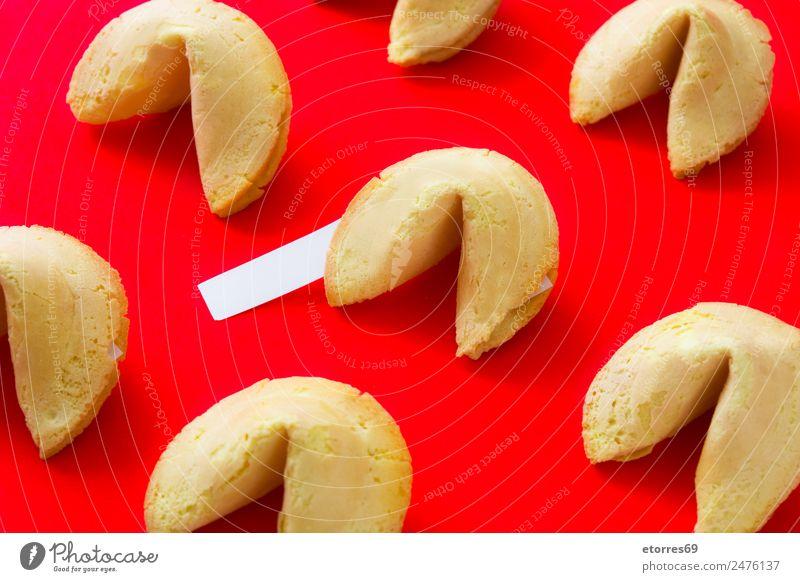 Glückskekse Lebensmittel Dessert Süßwaren Plätzchen Asiatische Küche frisch Gesundheit gut süß rot Chinesisch Muster Schreibpapier Mitteilung Papier Tradition