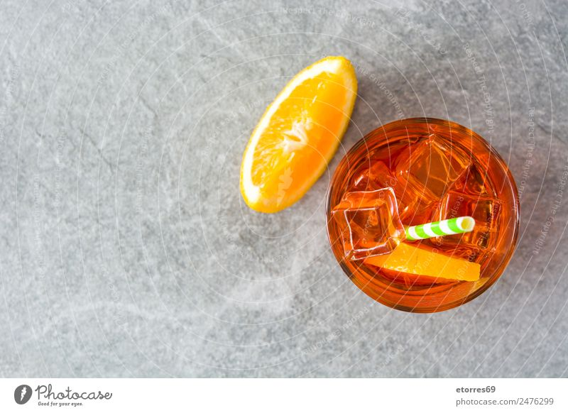 Sommer kalt grau orange Frucht Orange Glas süß Getränk gut Erfrischung Alkohol Erfrischungsgetränk Cocktail saftig