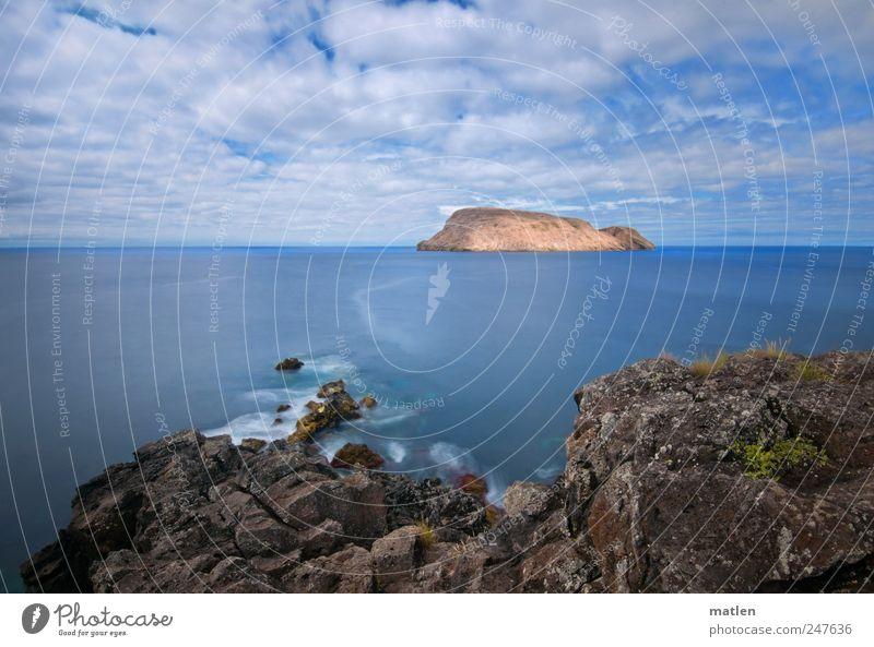 drift Himmel blau Sommer Meer Wolken Landschaft Küste braun Felsen Brandung