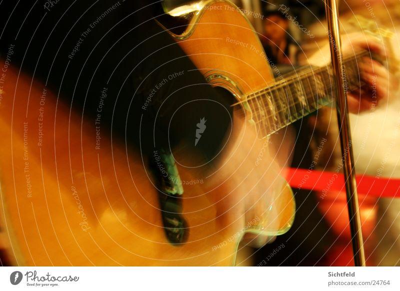 Live Guitarre/Flamenco Konzert Hand Musik Licht Mann Convert Bewegung Mensch Musiker Flamencotänzer