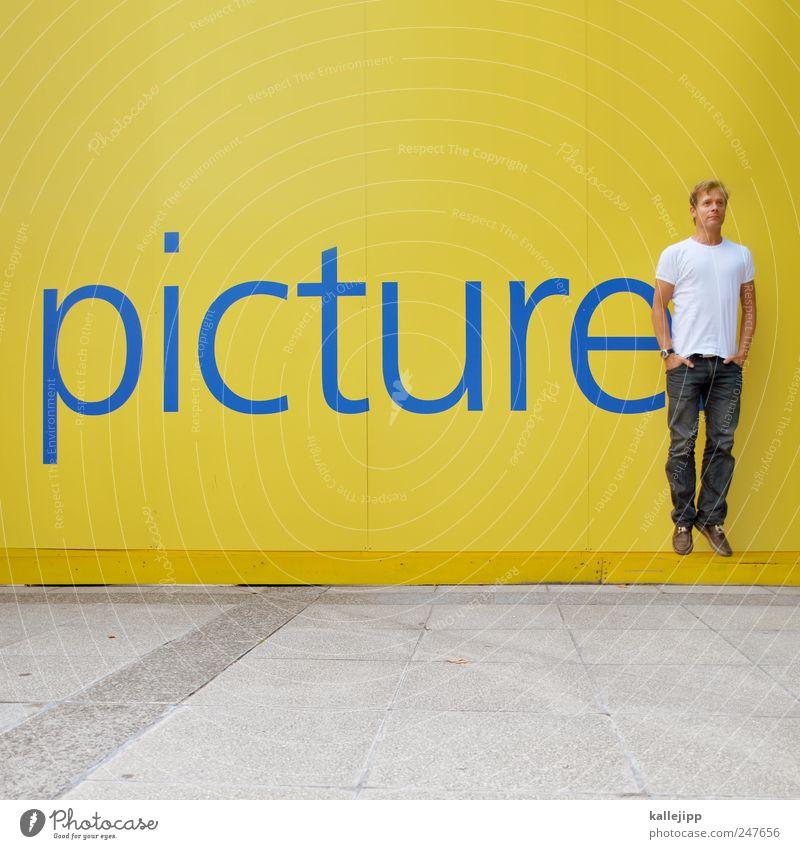 who stole my picture? Mensch Mann gelb Leben Wand springen Erwachsene Schilder & Markierungen maskulin Schriftzeichen Bild Zeichen Werbung Schweben Fotograf