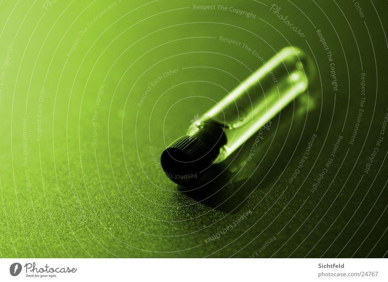 Grün ist dufte grün Flüssigkeit Duft Gift Behälter u. Gefäße Parfum Inhalt