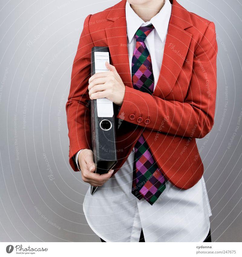 Alles im Griff Mensch Jugendliche rot Stil Erwachsene Business Arbeit & Erwerbstätigkeit elegant Erfolg planen Studium Lifestyle Bildung Geldinstitut festhalten Hemd