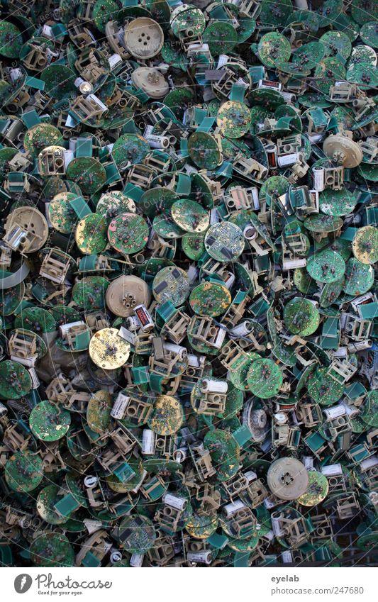 Rihsseikling alt grün grau Metall gold Gold Ordnung Energiewirtschaft kaputt Kabel Industrie Technik & Technologie rund Telekommunikation Vergänglichkeit