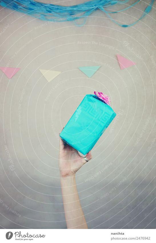 Hand Freude lustig Stil Glück Feste & Feiern Design Zufriedenheit träumen Dekoration & Verzierung Geburtstag Fröhlichkeit Erfolg Arme Geschenk niedlich