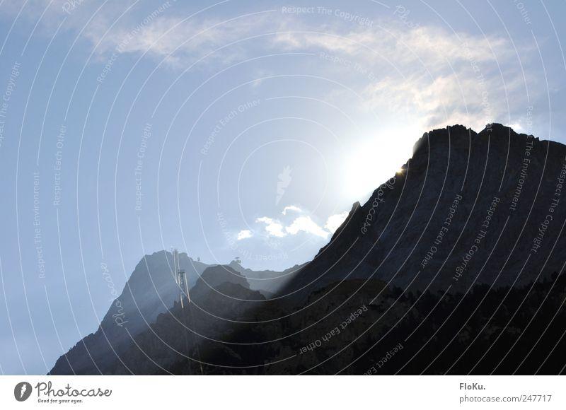 spitzen Zugspitz-Wetter Himmel blau Sonne Sommer Ferien & Urlaub & Reisen Berge u. Gebirge Landschaft hell Erde Ausflug Felsen groß Tourismus Urelemente Alpen Gipfel