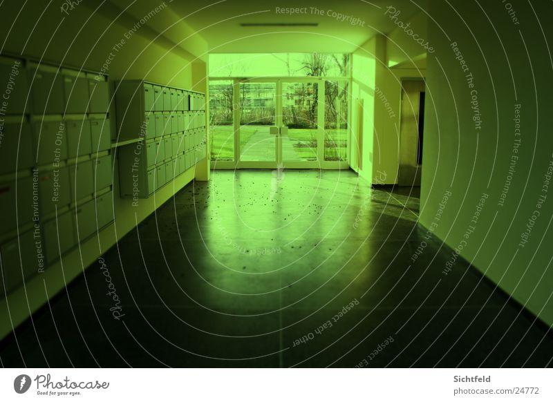 FLOOR Natur grün Architektur planen Tür Eingang Flur Fahrstuhl Ausgang Durchblick Tanzfläche Lichtblick