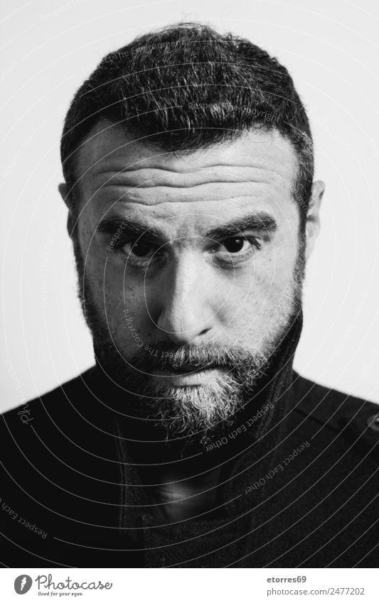 Junger Mann mit Bart Mensch maskulin Jugendliche Erwachsene Gesicht 1 30-45 Jahre trendy modern schwarz weiß Schwarzweißfoto Porträt Vollbart