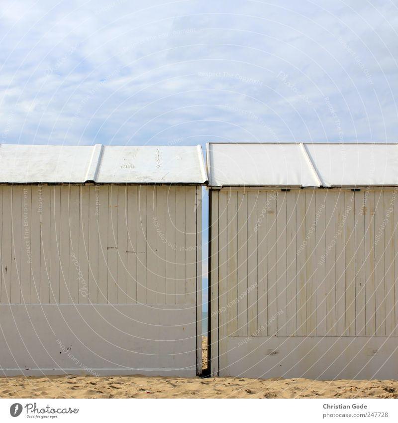 Pärchen blau weiß Sommer Ferien & Urlaub & Reisen Strand Meer Haus Ferne Freiheit Gebäude Paar Zufriedenheit Ausflug Tourismus Insel