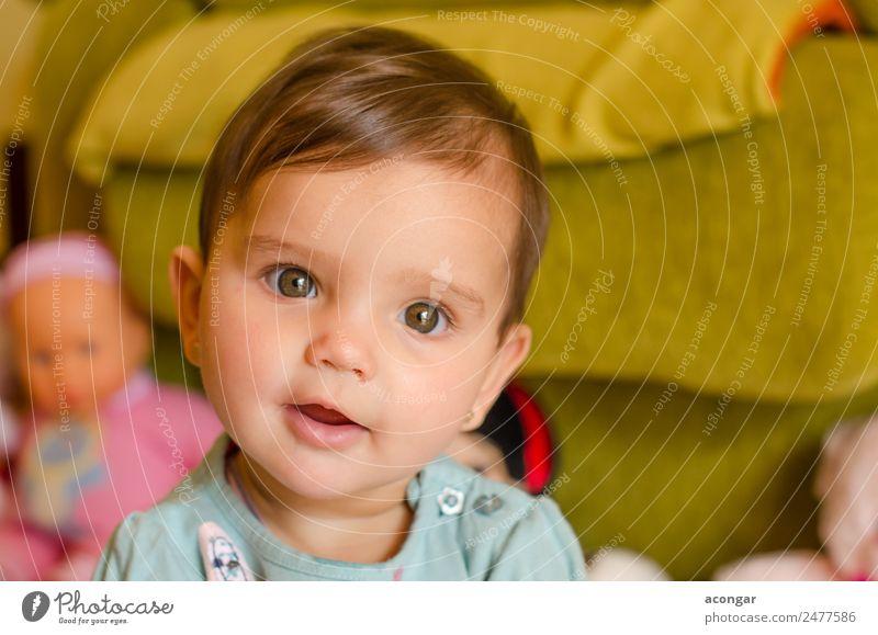 Porträt eines schönen Babys Gesicht Kind Mensch feminin Mädchen Kindheit 1 0-12 Monate Puppe Lächeln elegant Freundlichkeit Fröhlichkeit frisch Sympathie Liebe