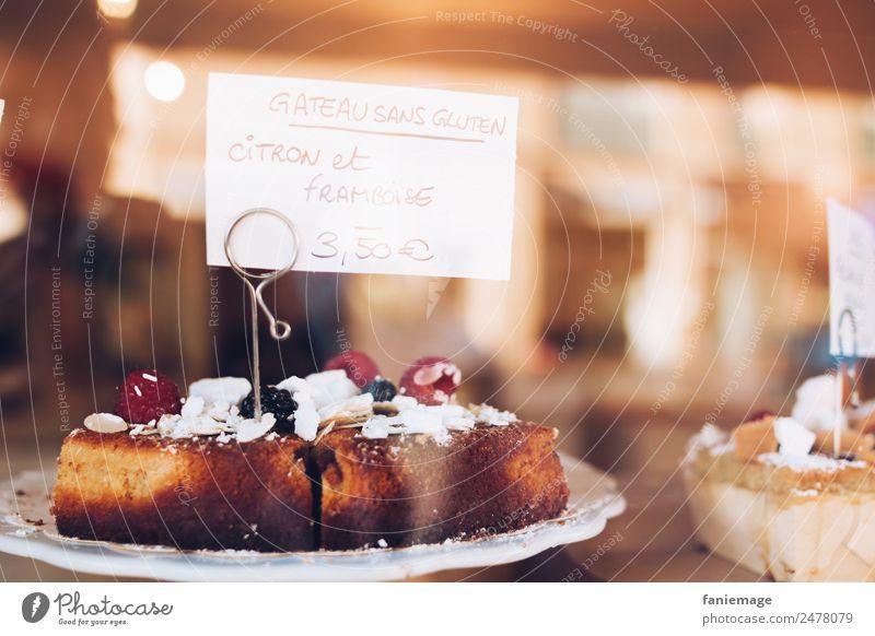 citron et framboise Lebensmittel Kuchen Dessert Süßwaren Ernährung Teller lecker Vitrine Café süß Zitrone Himbeeren Fensterscheibe verführerisch Marseille